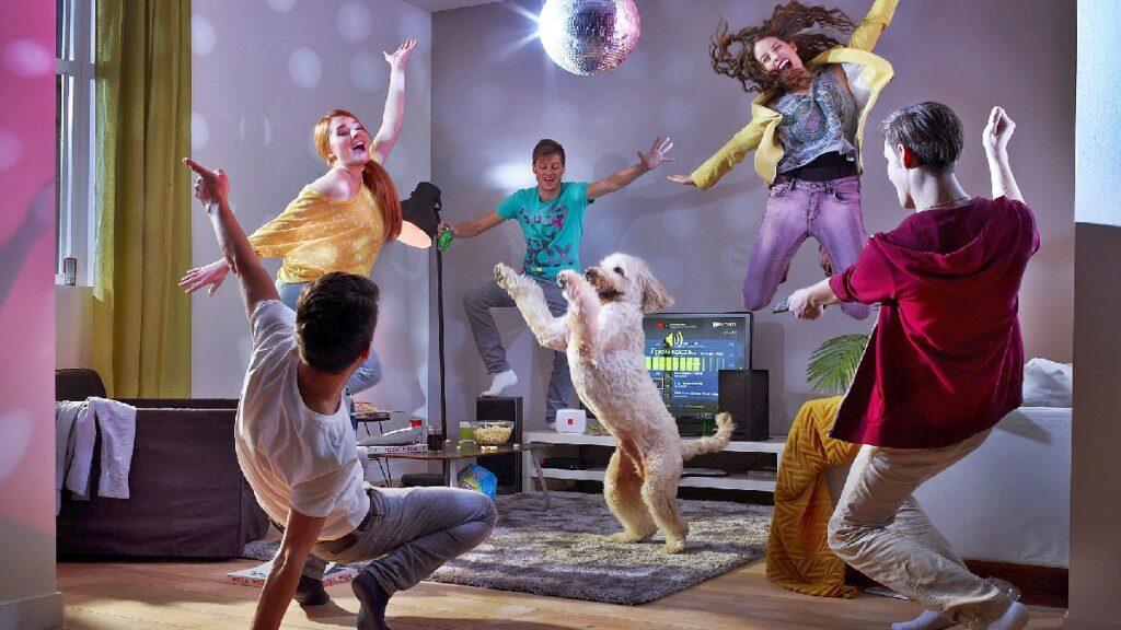 Танцевальная вечеринка дома